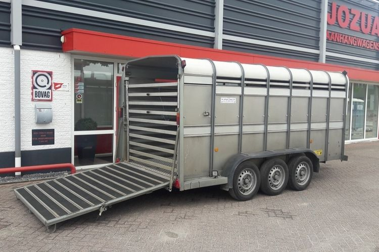 Ifor Williams veetrailer TA510G14 2017 (1).jpg