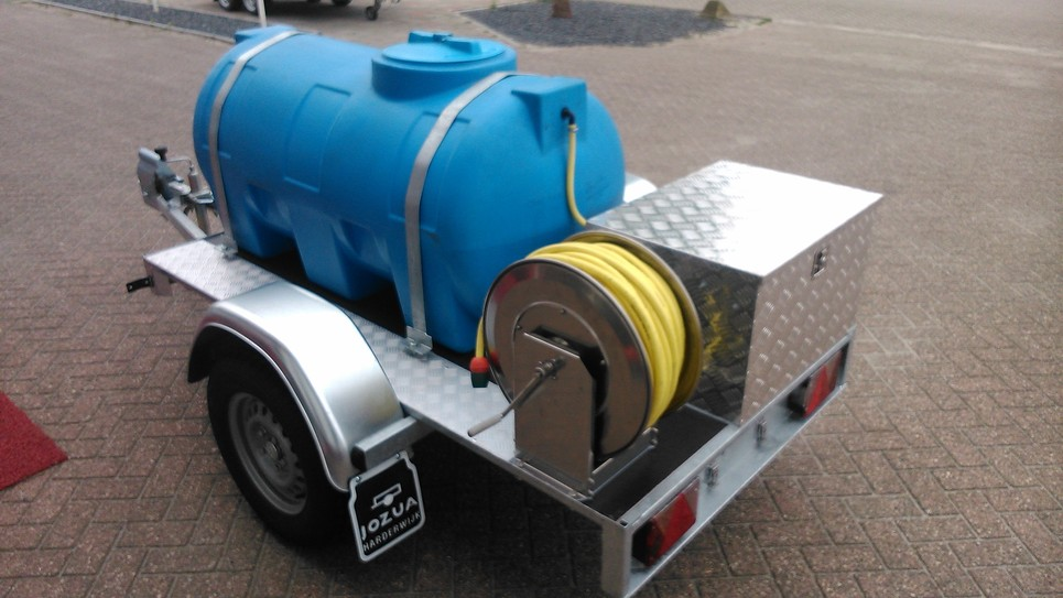 Enkelasser met watertank (1)