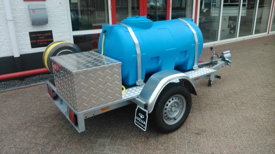 Enkelasser met watertank (2)