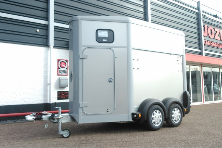 HB403 Silver Ifor Williams (1)