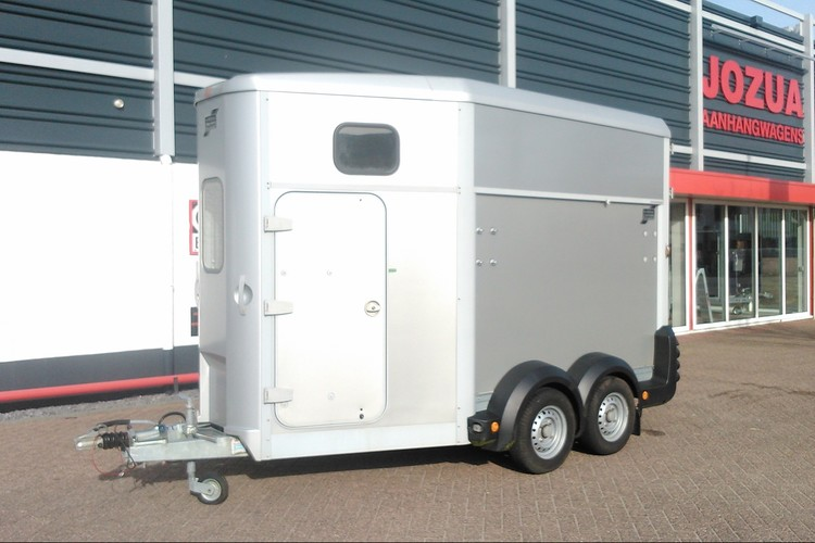 HB511 Silver paardentrailer 2011 Ifor Williams (1)
